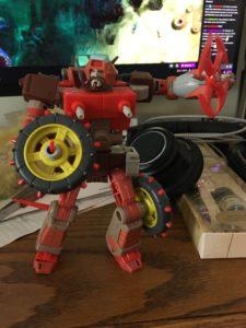 Studio Series Wreck Gar robot mode